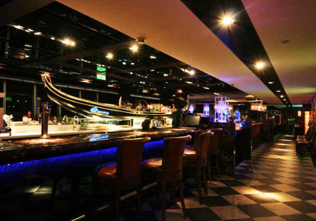 聖誕夜精緻套餐 - Diamond Tony's 101 隨意鳥地方高空觀景餐廳