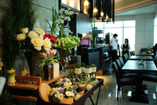 Elly's Flower & Cafe 台北花苑時尚整合館 101分店