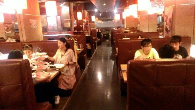 小蒙牛頂級麻辣養生鍋(公館店)