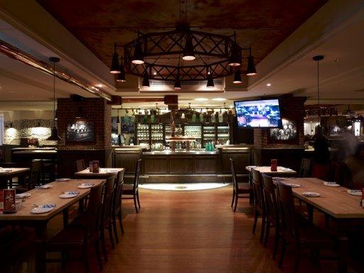 寶萊納啤酒餐廳-慶城一號店