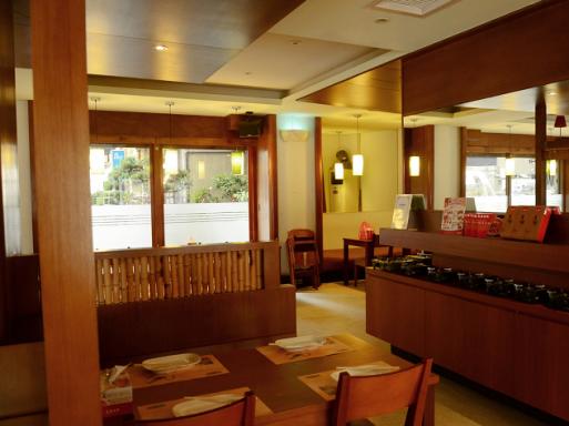易鼎活蝦餐廳 (光復店)