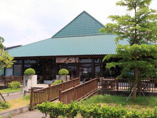 易鼎活蝦餐廳(桃園中正店)