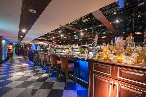 Diamond Tony's 101 隨意鳥地方高空觀景餐廳