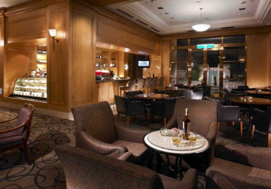 國際酒吧 The Bar - 台北中和福朋酒店(喜來登集團管理)